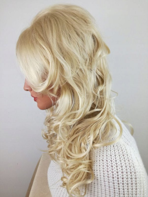 Peruka damska blond kręcona naturalnie gęsta